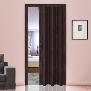 Деревянная дверь гармошка